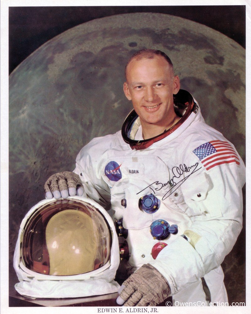buzz-aldrin-autograph-02-edit.jpg